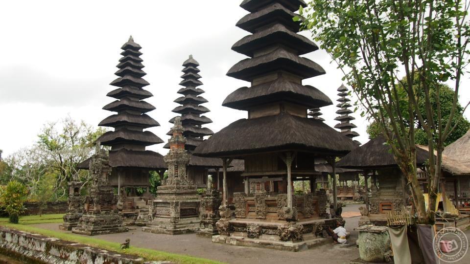 Taman Ayun Pagoda