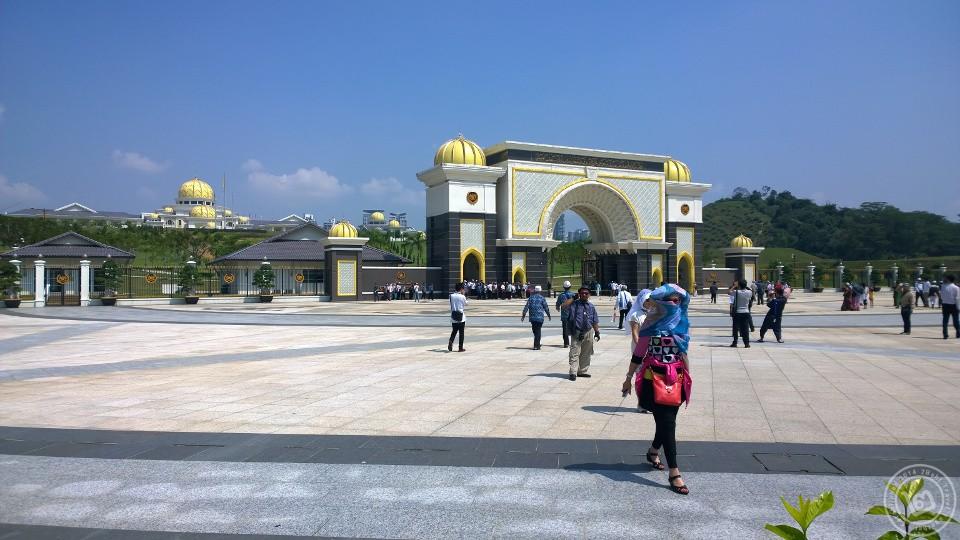 Istana Negara, Jalan Duta Malaysia