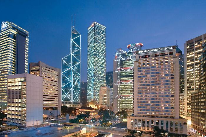 Mandarin Oriental Hong Kong สาขาต้นฉบับ (ภาพจากเว็บไซต์โรงแรม)