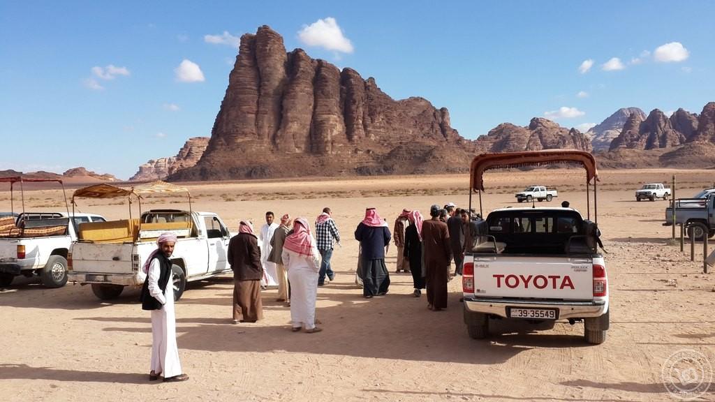 Wadi Rum Trucks