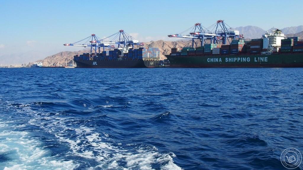 เรือสินค้าที่ท่าเรือ Aqaba