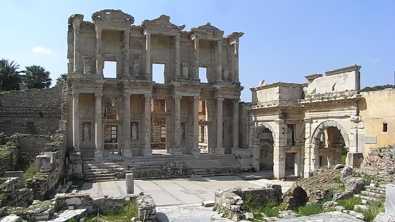 ตึกโบราณสมัยกรีกใน Ephesus ประเทศตุรกี - 2Baht