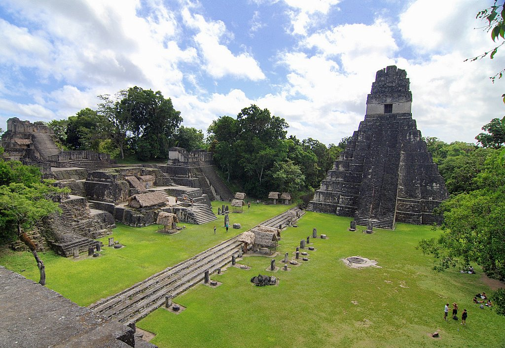 Tikal เมืองโบราณในป่ากัวเตมาลา - ภาพจาก Flickr  Ken Douglas