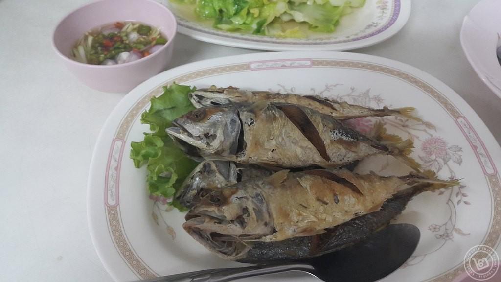 ปลาทูทอด ไสวอาหารทะเล