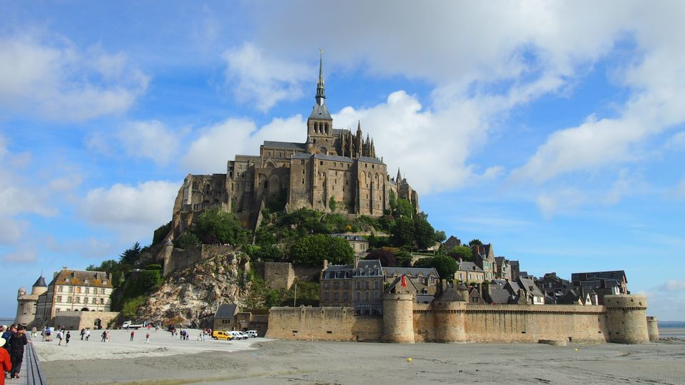 วิหารบนเกาะ Mont Saint-Michel