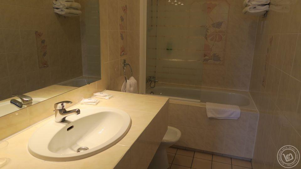 Best Western Hotel d'Anjou อองแจ