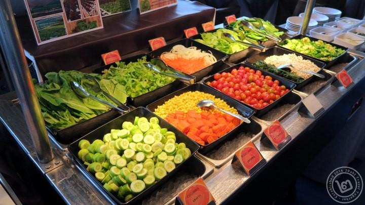 Baiyoke Bangkok Sky Food Salad