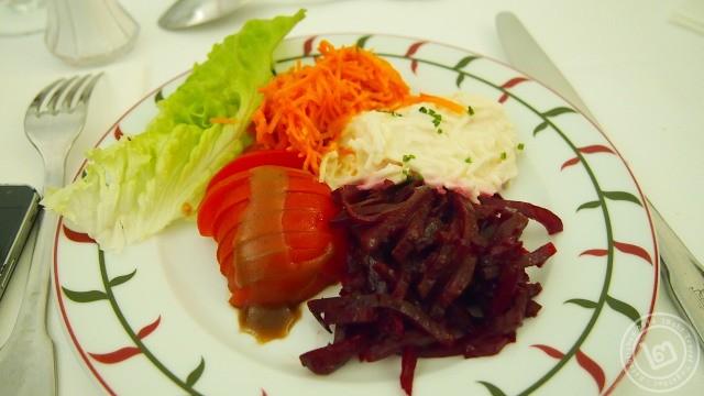 อาหารเที่ยง เชอนองโซ สลัด