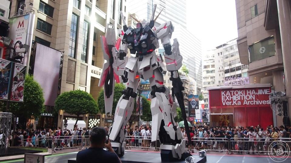 Gundam Times Square Hong Kong