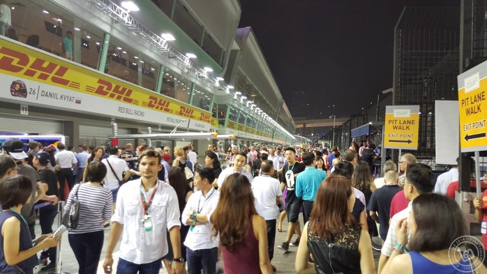 F1 singapore pit walk