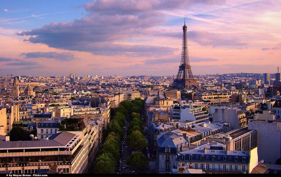 หอไอเฟล สัญลักษณ์แห่งกรุงปารีส (ภาพโดย Moyan Brenn / Flickr)