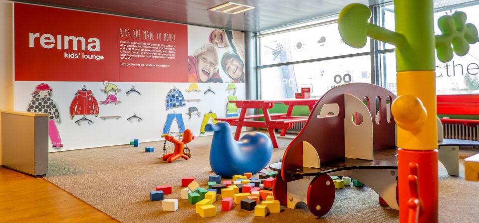 สนามเด็กเล่น มีให้บริการหลายจุดในสนามบินเฮลซิงกิ