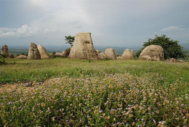 มอหินขาว จ.ชัยภูมิ ภาพจาก Tourism Thailand