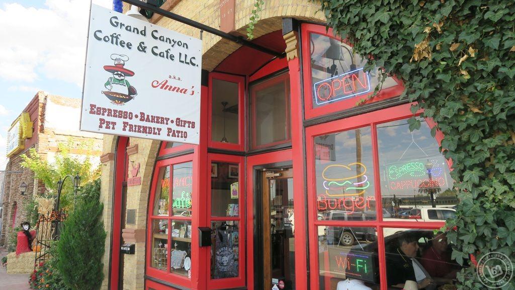 หน้าร้าน Grand Canyon Coffee & Cafe