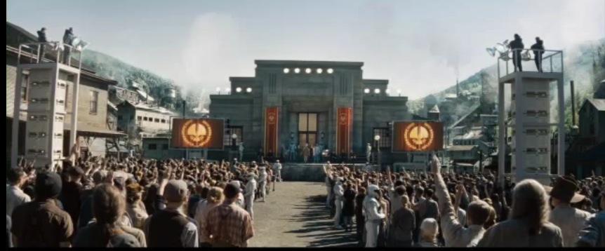 ฉากตัวอย่างจากในภาพยนตร์ชุด The Hunger Games