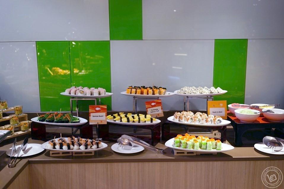 มุมข้าวปั้นโดยรวม ห้องอาหาร The Square โรงแรม Novotel Bangkok Fenix Silom