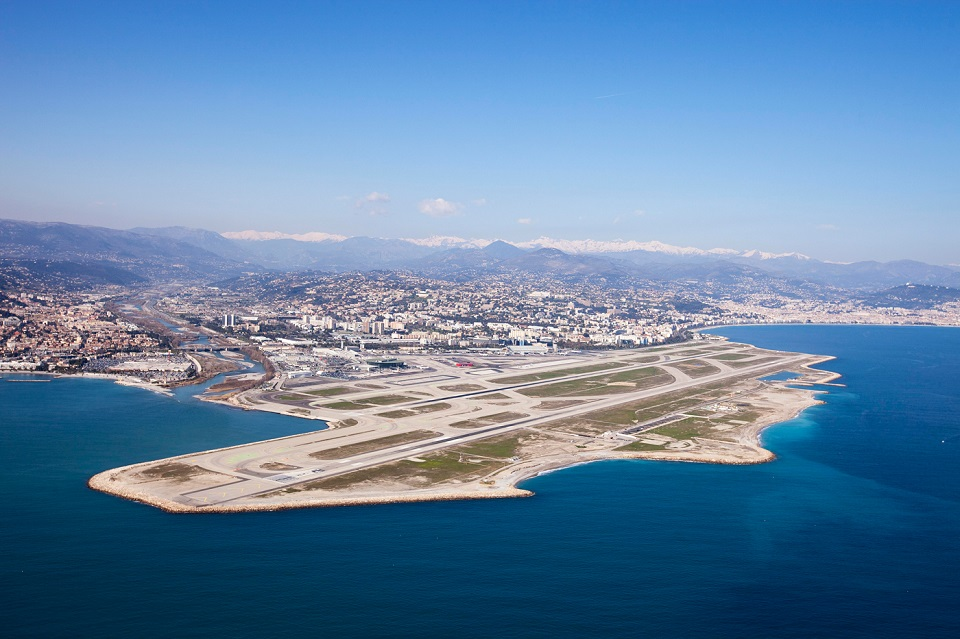 ภาพจากเว็บไซต์ Nice Airport
