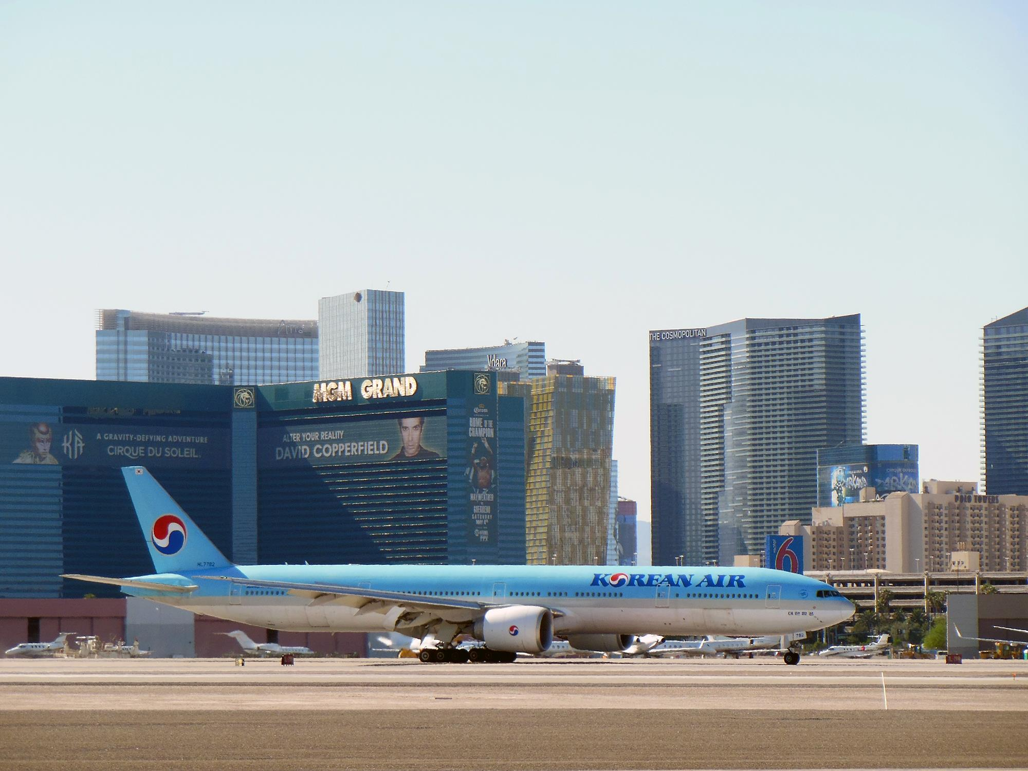 ภาพจาก Facebook McCarran Airport