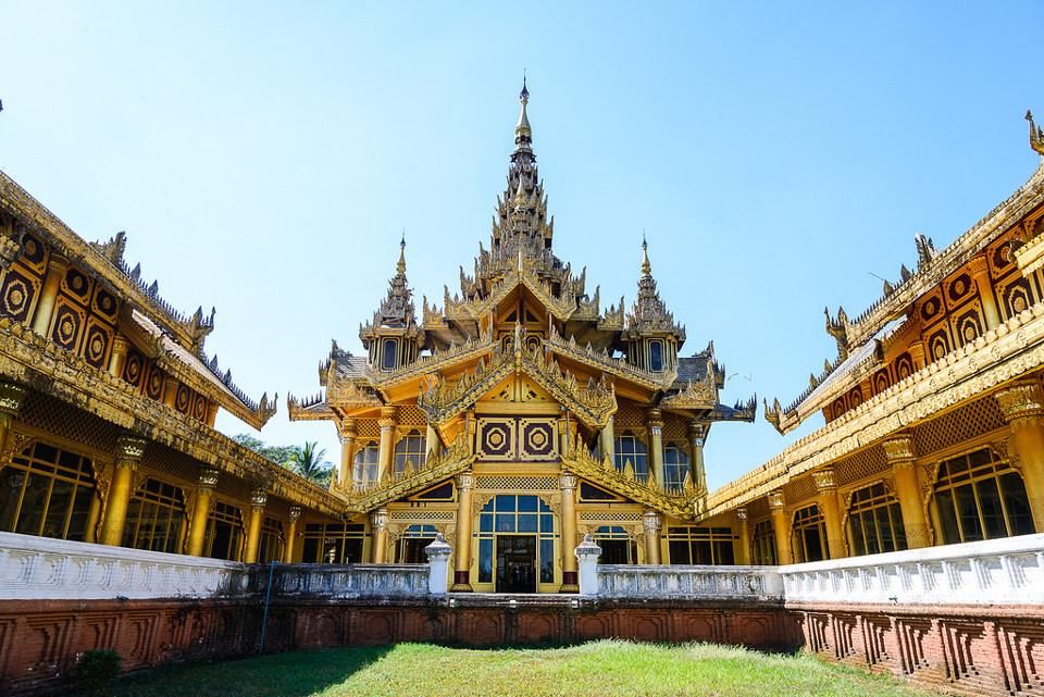 ที่เที่ยว พม่า: พระราชวังบุเรงนอง (ภาพโดย Wasin Waeosri/Flickr)