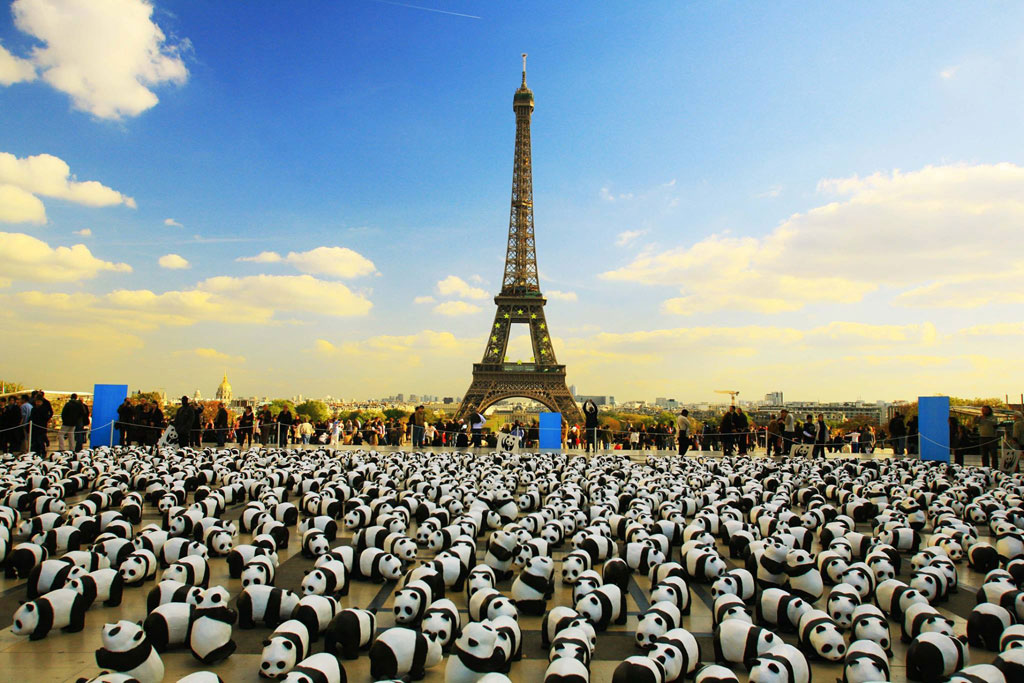 1600 Pandas ที่หอไอเฟล กรุงปารีส
