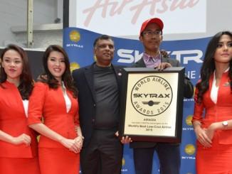 AirAsia รับมอบรางวัล Best Low Cost 2015 – ภาพจาก SkyTrax
