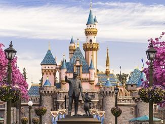 ภาพจาก Disneyland