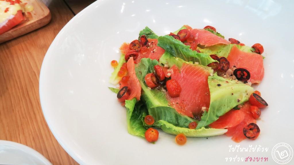 Printa Cafe Salmon Salad
