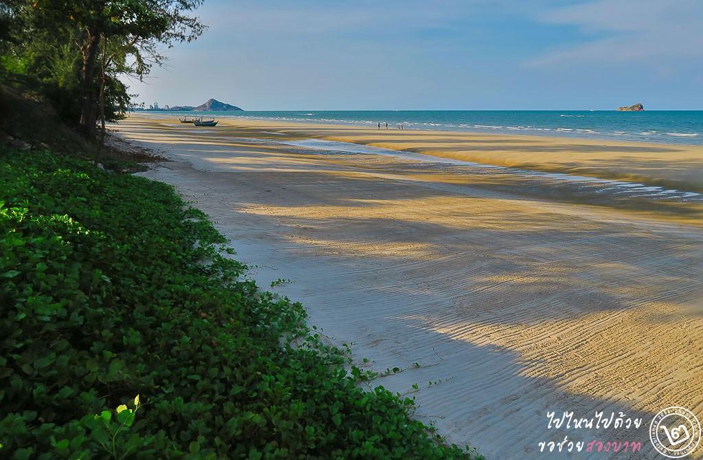 ริมทะเลหัวหิน หาดเขาเต่า บ้านนับคลื่น