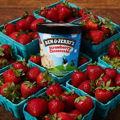 ไอศครีม Ben & Jerry's รส Strawberry Cheesecake