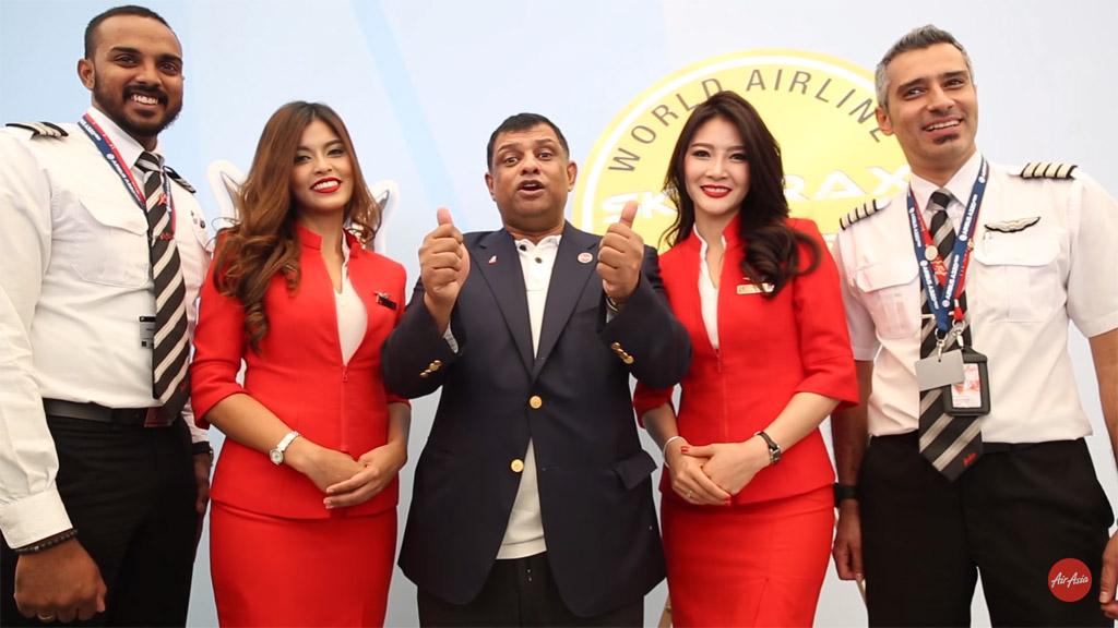 Tony Fernandes ได้กล่าวขอบคุณลูกค้าและลูกเรือ AirAsia โดยมุ่งมั่นที่จะปรับปรุงบริการให้ดียิ่งขึ้นต่อไป - ภาพจาก AirAsia