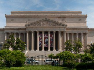หอจดหมายเหตุแห่งชาติสหรัฐอเมริกา - ภาพจาก wikipedia.org / David Samuel
