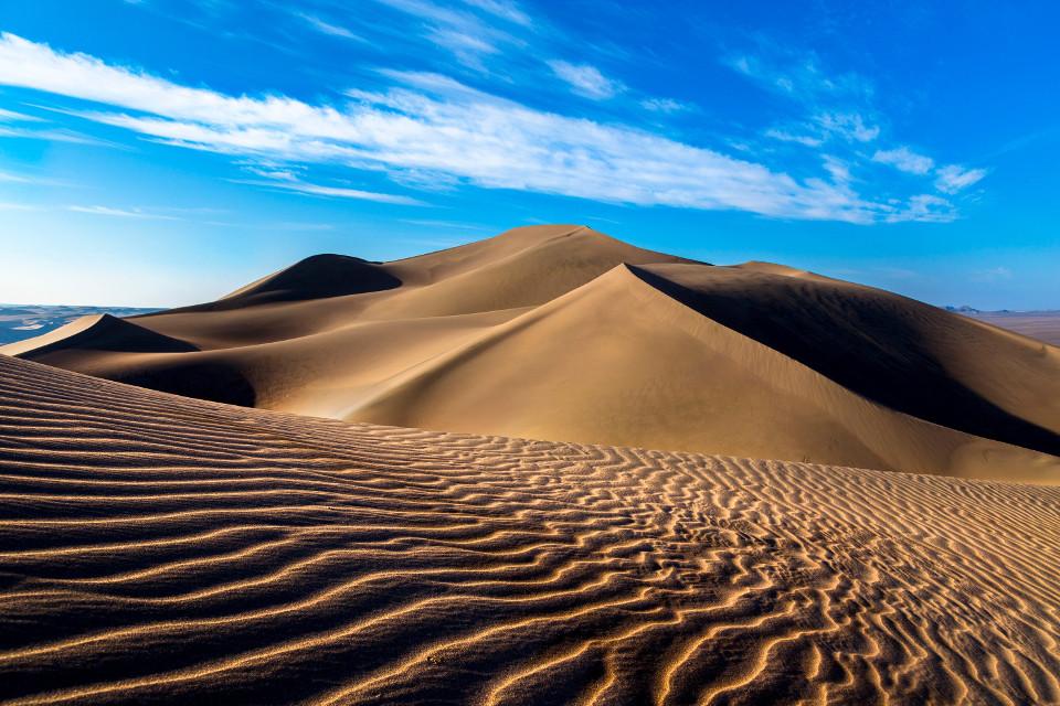 ทะเลทราย Lut Desert ในอิหร่าน (ภาพโดย Naser Mizban)
