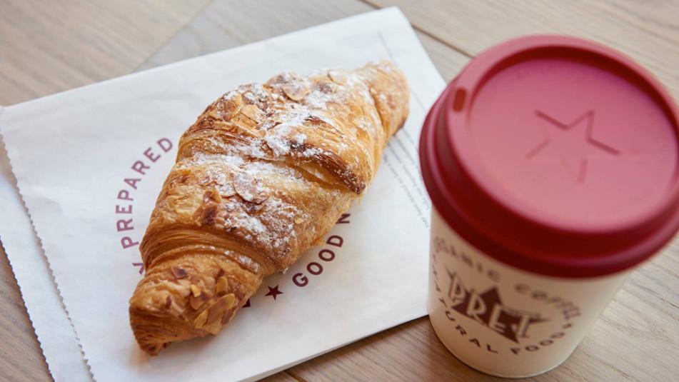 ครัวซองค์และกาแฟจาก Pret a Manger