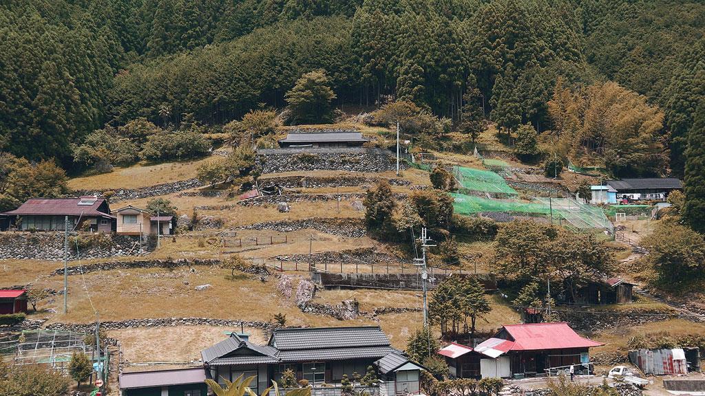 หมู่บ้าน Yoshino ทางตะวันออกเฉียงใต้ของ Osaka ญี่ปุ่น