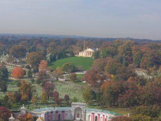 บ้านนายพลโรเบิร์ต อี ลี (Arlington House, The Robert E. Lee Memorial)