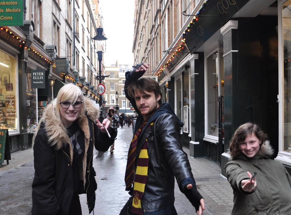 ภาพจาก Facebook Muggle Tours