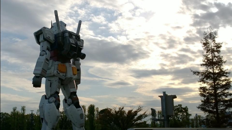 กันดั้มยักษ์ที่ Odaiba ริมอ่าวโตเกียว