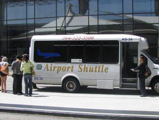 วิธีเดินทางเข้าเมืองจากสนามบิน New Orleans ด้วย Airport Shuttle Bus