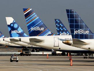 JetBlue สายการบินสหรัฐรายแรก ที่เปิด Wi-Fi บนเครื่องให้ใช้ฟรี